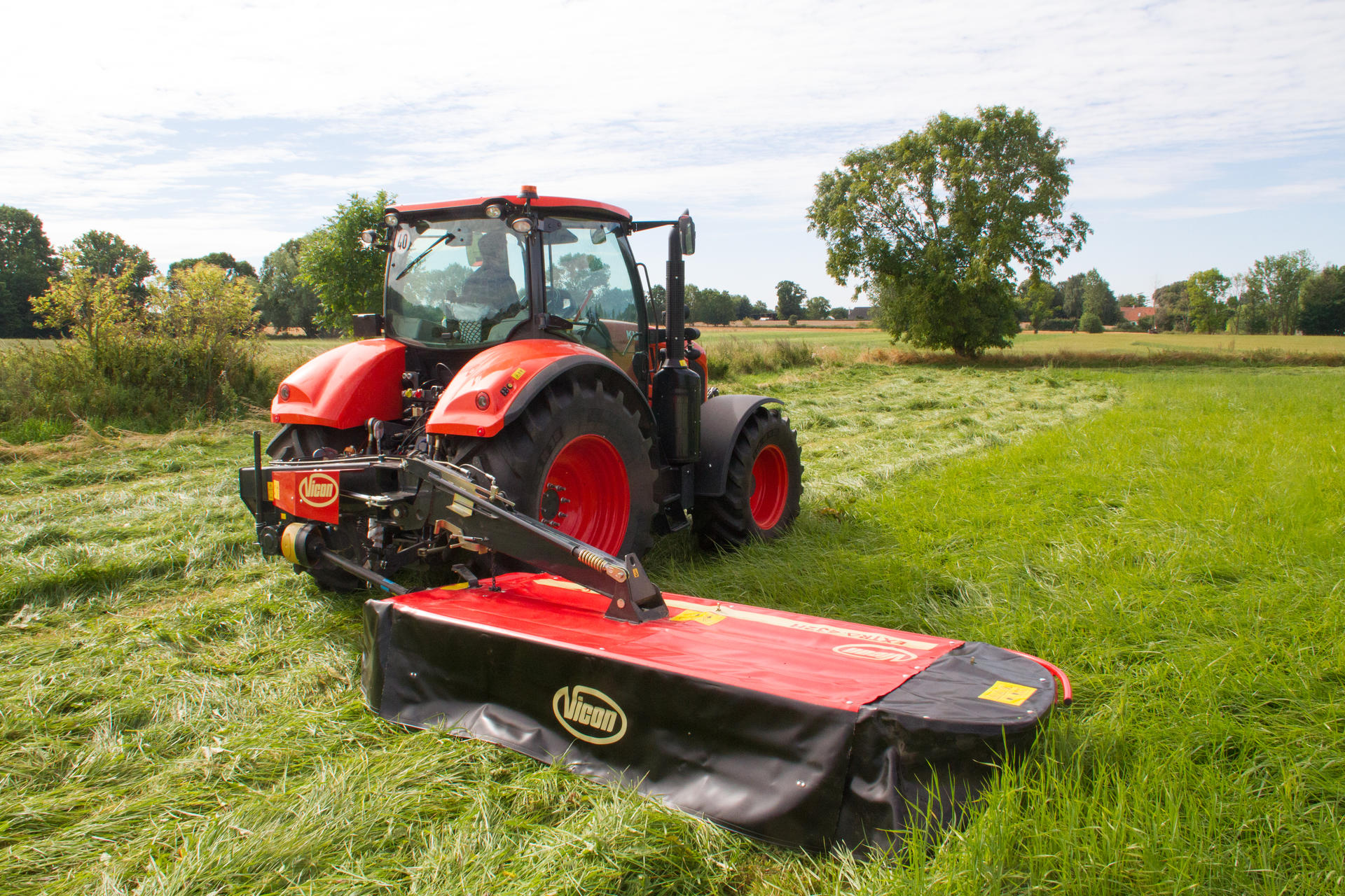 Rear Mounted Disc Mowers hydraulic suspended - Vicon EXTRA 432H