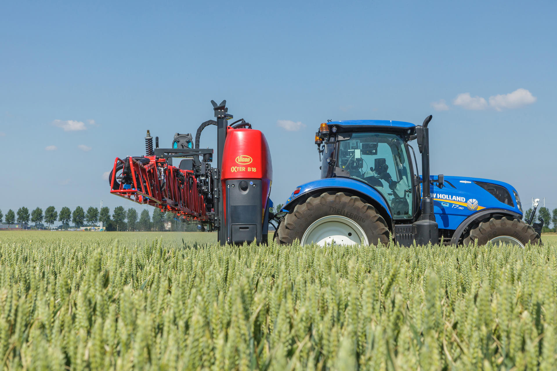 Tractor driver of agricultural production: description of the profession, instructions