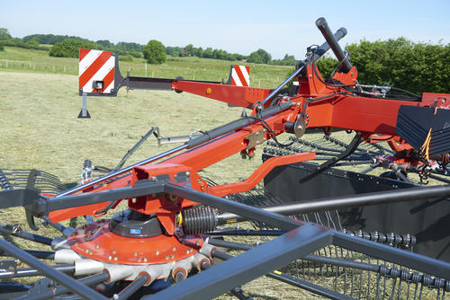 Adjustment of swath width