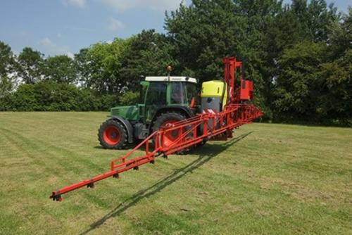Boom Sprayers For Tractors : Field sprayers boom bing images
