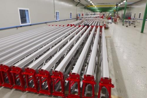 Assembly hall aluminium booms
